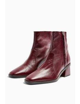 Margot Leather Unlined Leather Boots by Topshop