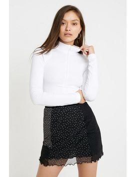Uo Ribbed Mock Neck Top by Urban Outfitters