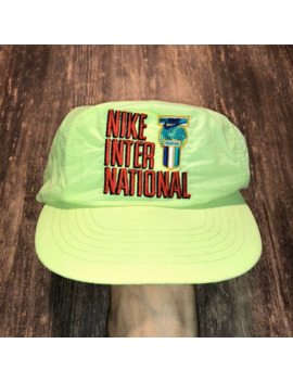 Rare Vintage Nike International Snapback Hat by Nike  ×  Vintage  ×  Very Rare  ×