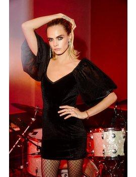Cara Delevinge Big Love Velvet Dress by Nasty Gal