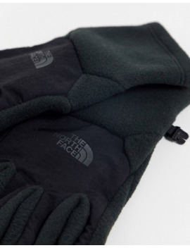 The North Face Denali Etip Gloves In Black by The North Face