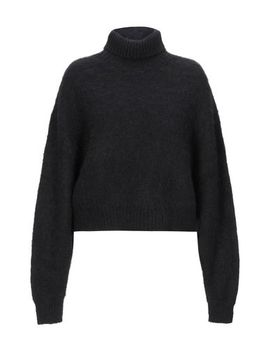 Polo Neck by Isabel Benenato