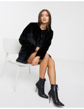 Stradivarius Basic Faux Fur Coat In Black by Stradivarius'