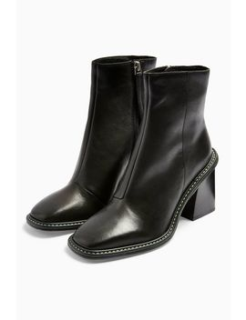 Hugh Leather Black Boots by Topshop