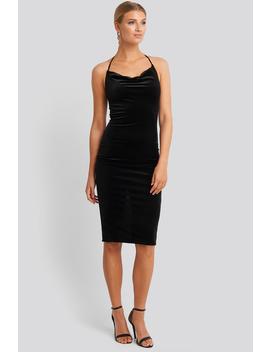 Strap Neck Midi Dress Svart by Trendyol