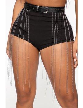 On Edge Skirt Chain Belt   Black by Fashion Nova