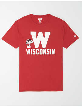 Tailgate X Peanuts Men's Wisconsin Badgers T Shirt by American Eagle Outfitters