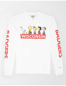 Tailgate X Peanuts Men's Wisconsin Badgers Long Sleeve T Shirt by American Eagle Outfitters