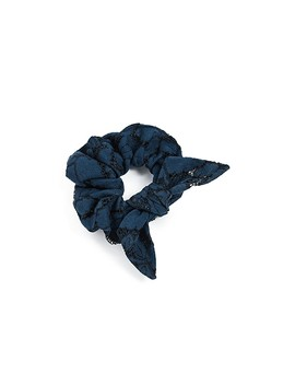 Siana Hair Scrunchie by Hemant And Nandita