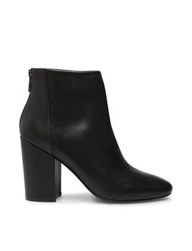 Scale Black Leather by Steve Madden