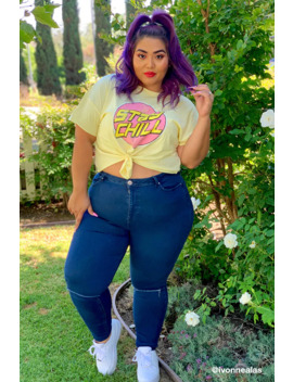 Plus Size Sculpted Ripped Knee Jeans by Forever 21