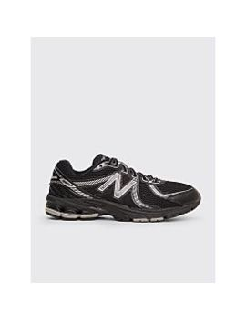 New Balance Ml860 V2 Black by Très Bien