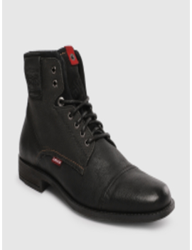 Men Black Solid Leather Mid Top Flat Boots by Levis