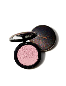 Opalescent Powder / Starring You by Mac Cosmetics