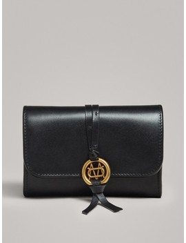 Nappa Purse With Metal AppliquÉ by Massimo Dutti