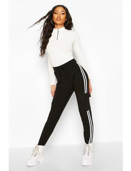 Cargo Pants With Pocket And Zip Feature by Boohoo