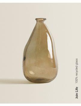 Bruine Fles Van 100% Gerecycled Glas In Organische Vorm  Vazen   Decoratie En Accessoires   Shop Op Product by Zara Home