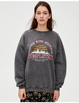 Sweatshirt With 'Completed' Illustration by Pull & Bear