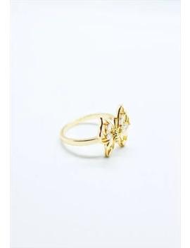 Ring by Yuri Paris