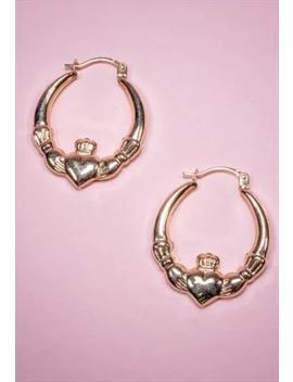 Earrings by Vellva