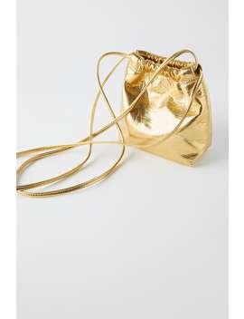 Kleine Beuteltasche In Gold by Zara