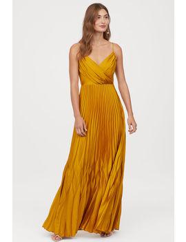 Plizované Saténové šaty by H&M