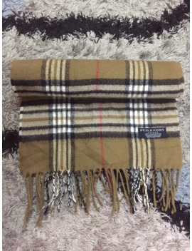 Burberry Scarf Muffler Made In England by Burberry  ×  Scarf  ×
