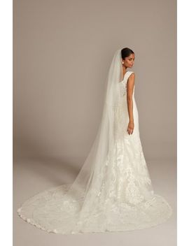 Pearl Crystal Cluster Scallop Edge Cathedral Veil by David's Bridal