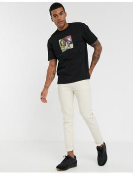 Asos Design – Star Wars – T Shirt O Luźnym Kroju Z Fotograficznym Nadrukiem Na Piersi by AsosDesign