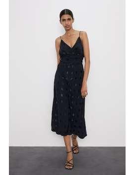 Kjole I Jacquard Med Prikker by Zara