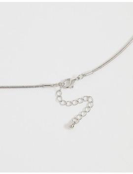 Sølvfarvet Halskæde Med Juvel Og Indgraveret Drage Fra Asos Design by Asos Design