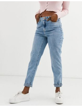 New Look – Mom Jeans Mit Betonter Taille In Hellblau by Asos