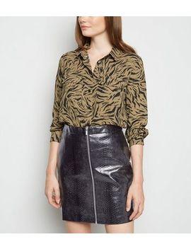 Black Faux Croc Zip Mini Skirt by New Look