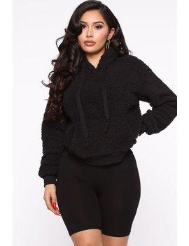 Oh So Cozy Sherpa Pullover   Black by Fashion Nova
