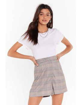 Check Tailored Shorts by Nasty Gal