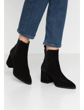 Vmjoy Boot   Classic Ankle Boots by Vero Moda
