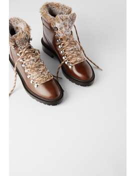 Low Heeled Leather Hiking Boots With Faux Fur Trim by Zara