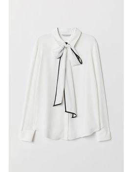 Крепирана блуза с връзки by H&M