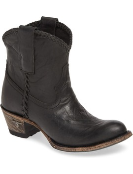Plain Jane Western Boot by Lane Boots