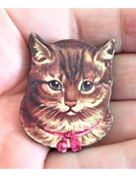 Cute Tabby Cat Brooches / Badges / Pins by Etsy