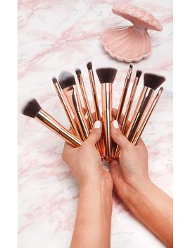 Zoe Ayla 10 Piece Luxurious Gold Make Up Brush Set by Prettylittlething