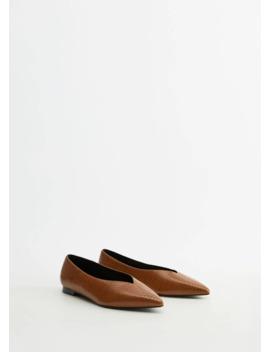 "<Font Style=""Vertical Align: Inherit;""><Font Style=""Vertical Align: Inherit;"">Shoes With Pointed And Texture</Font></Font> by Mango"