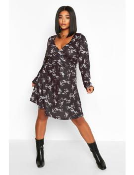 Plus Printed Wrap Skater Dress by Boohoo