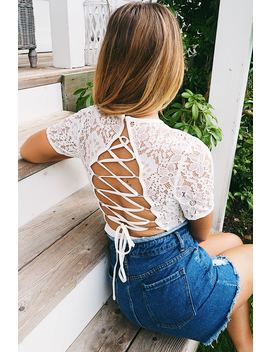Dani Dyer White Lace Up Back Lace Bodysuit by In The Style