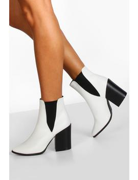 Block Heel Pointed Toe Chelsea Boots by Boohoo