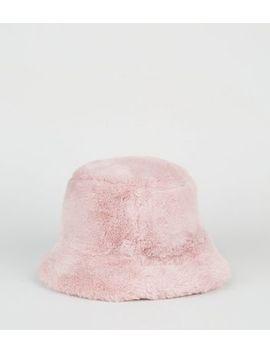 Pink Faux Fur Bucket Hat by New Look