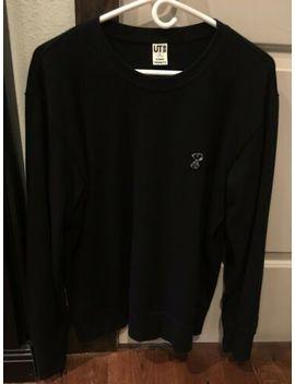 Men's Uniqlo X Kaws X Peanuts Snoopy Long Sleeve Sweater M Black by Uniqlo