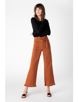 Sukey High Rise Wide Leg Crop In Eclair by J Brand
