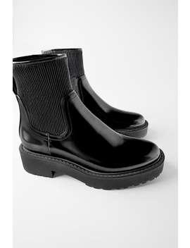 Plana Boots Med Veckat Skaft by Zara