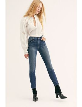 The Looker Ankle Fray Jean by Mother